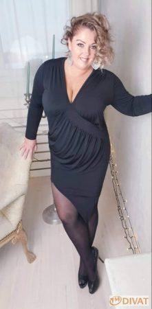 Fashion by NONO - Fekete hasnál húzott szexi mini tunika-ruha